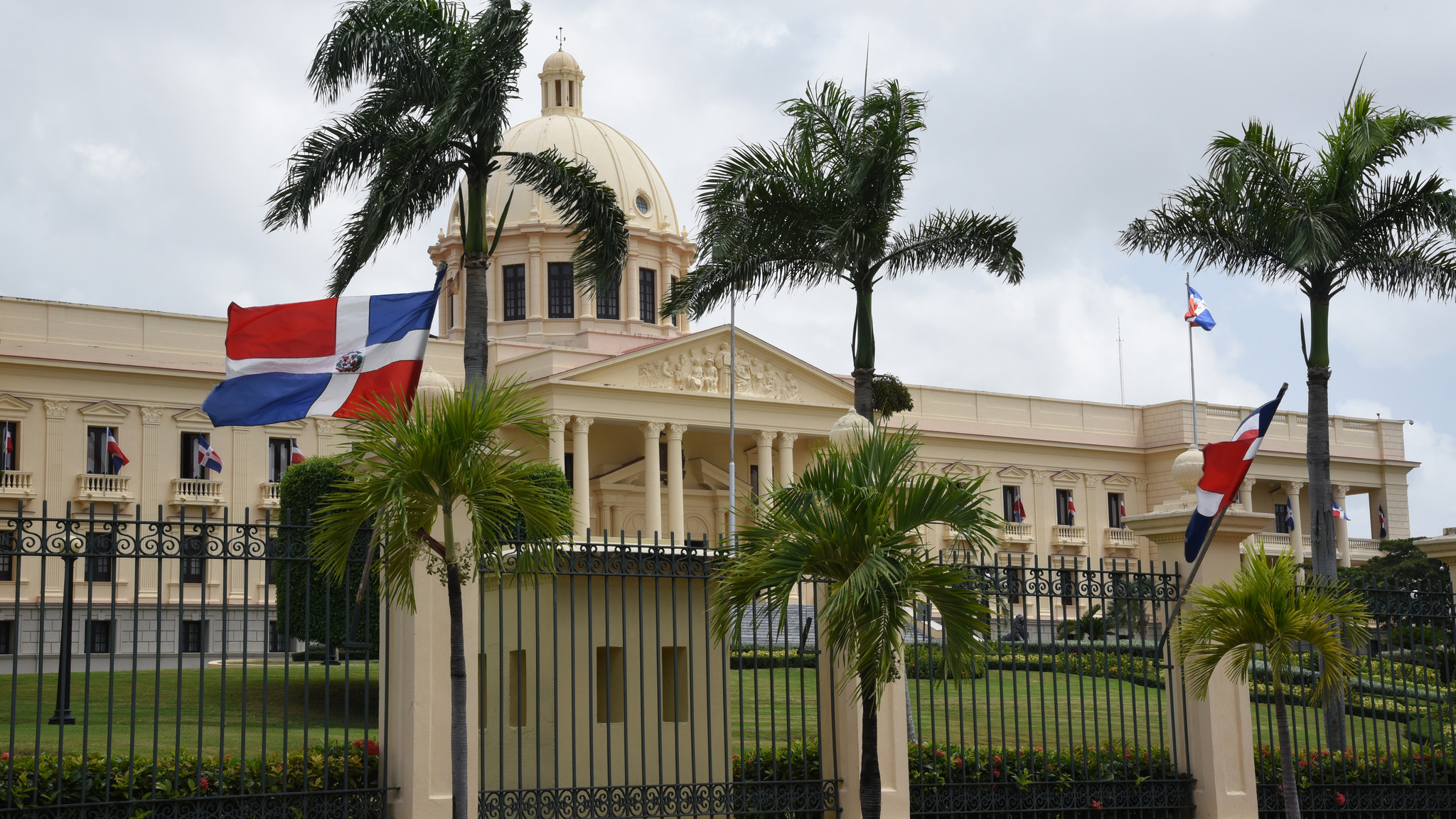 Tesorería Nacional inició desde ayer el pago a los servidores públicos
