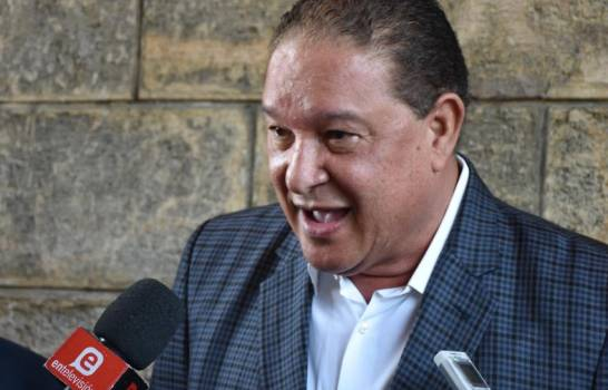 Será presentado esta tarde en el Senado proyecto reforma constitucional que busca habilitar al presidente Danilo Medina para otra repostulación, reveló esta mañana el danilista Alejandro Montás
