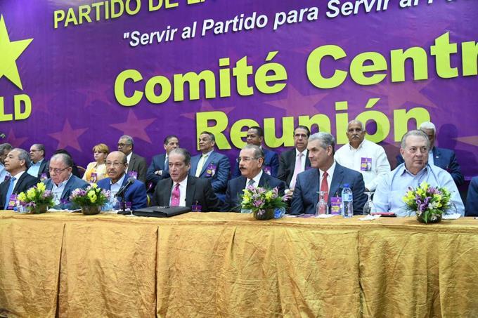 Elige ocho nuevos miembros del Comité Político del PLD