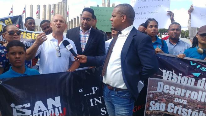 """""""San Cristóbal Grita"""" exige obras y que se respeten las leyes"""