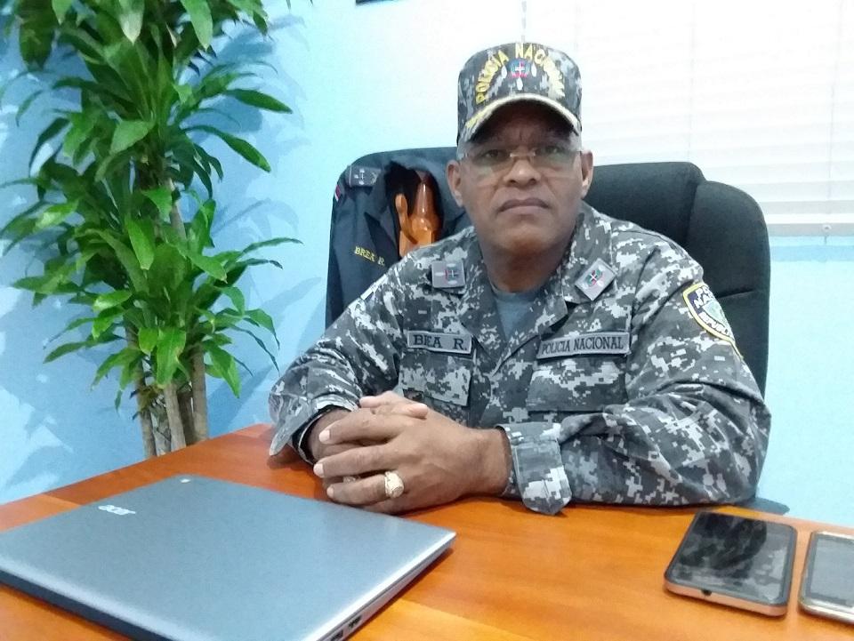 Comandante policial de San Cristóbal pide población vivir Nochebuena en familia