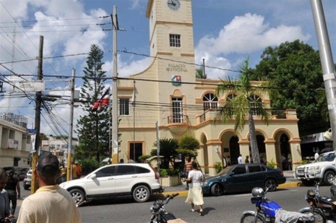 Ayuntamiento de San Cristóbal no aparece entre los 10 mejores valorados
